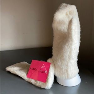 NWT Betsy Johnson Fuzzy Luxe Mittens